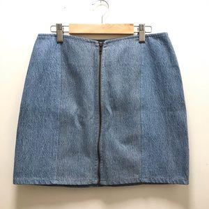Denim mini skirt zip front | Sz L | Urban Renewal